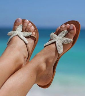 beach shoes F